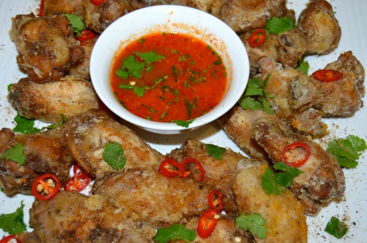 Chilli Salt Chicken Wings with Bandit Sauce