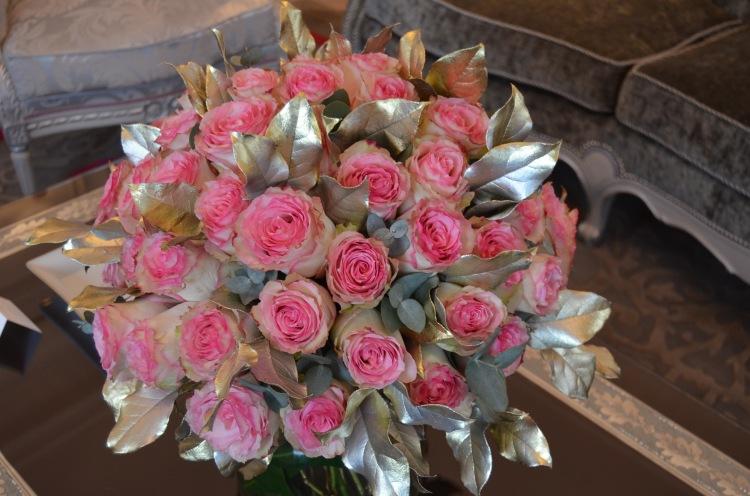 Pretty roses at Hôtel Plaza Athénée